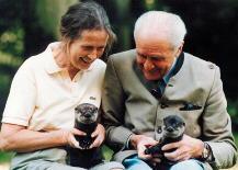 Das Ehepaar Hatlapa mit den Ottern Plisch und Plum